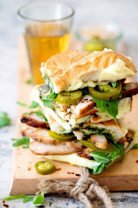 Summer sandwich recipe: grilled chicken, pesto, arugula and jalapenos make an easy and satisfying dinner.