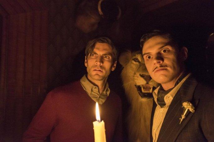 Wes Bentley and Evan Peters in American Horror Story