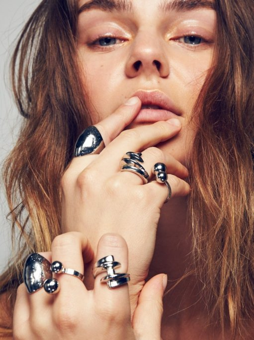 Stackable Rings To Stock Up On: Free People Screw x Double Ball Ring Set | Summer Fashion 2017