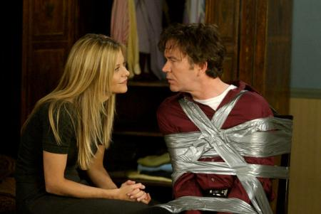Meg Ryan and Timothy Hutton have a chat