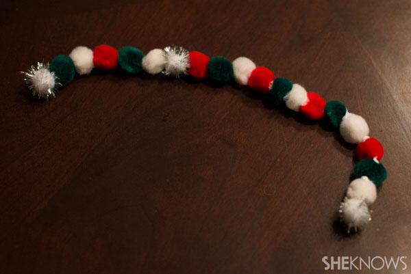 Sew-man snowman craft - Make the scarf