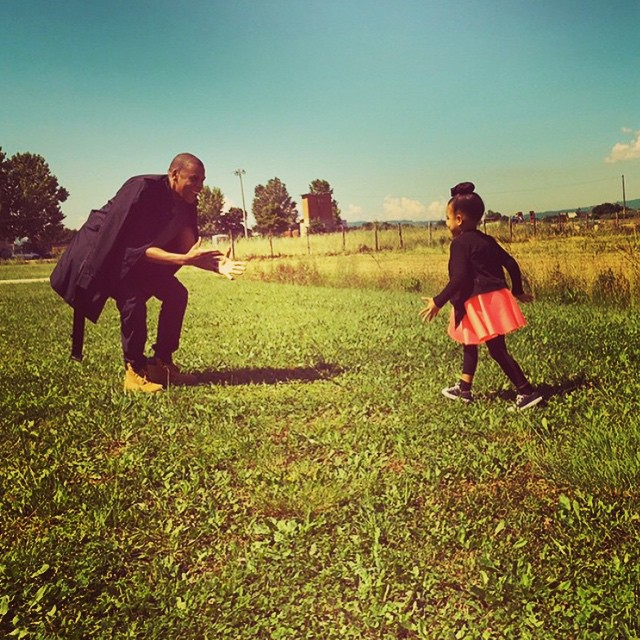 Jay Z and Blue in park