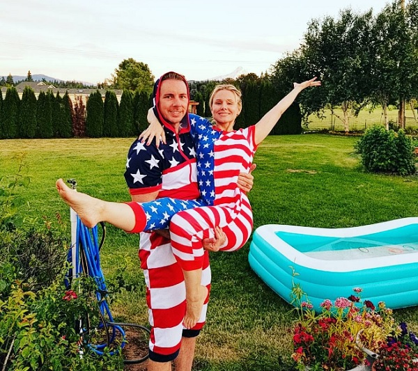 Celebrities Celebrating Independence Day: Kristen Bell