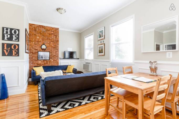 Last-Minute Valentine's Day Getaway on AirBnb: Times Square Commuter in Weehawken, New Jersey