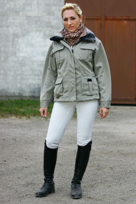 riding-boots-white-jeans