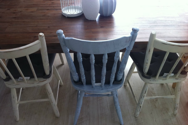Enjoyable How To Shabby Chic A Dining Table Chair Sheknows Download Free Architecture Designs Scobabritishbridgeorg