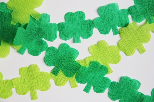 Leprechaun in Your House: Shamrock Streamers