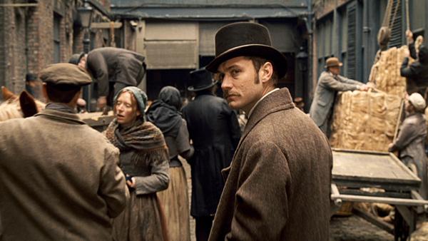 Jude Law is Watson in Guy Ritchie's Sherlock Holmes