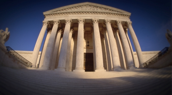 This building, the US Supreme Court, wields the First Amendment power
