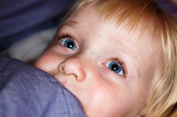 Sick toddler girl
