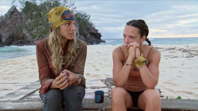 Sierra Dawn-Thomas with Sarah Lacina on Survivor: Game Changers