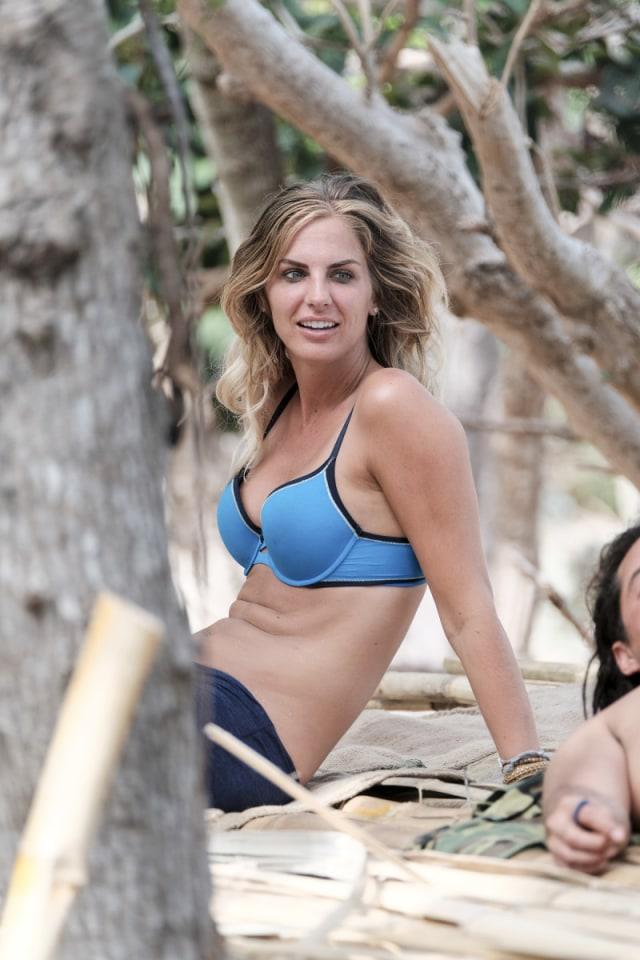 Sierra Dawn-Thomas relaxes on beach during Survivor: Game Changers