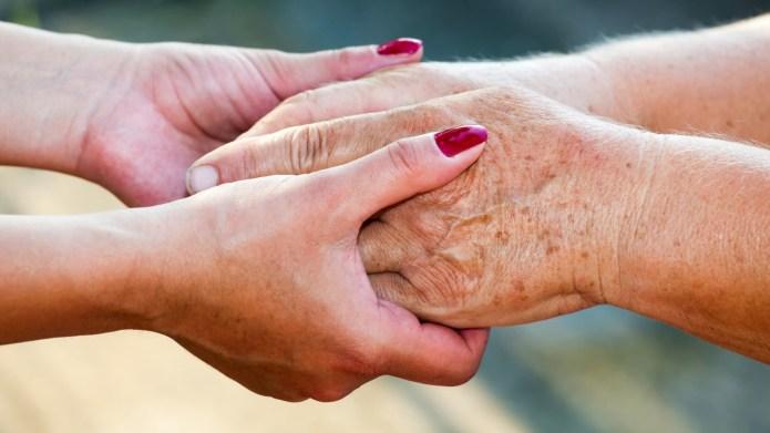 How to spot dementia in a