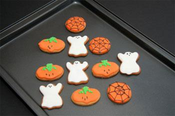 Gingerbread Ghosts
