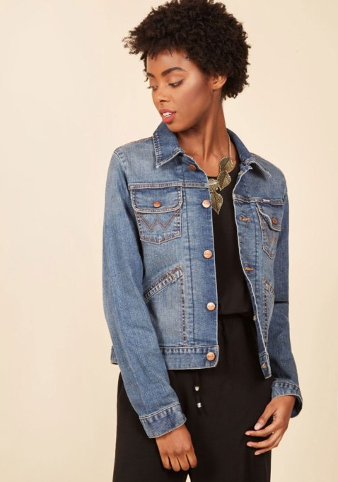 Things Every Woman Should Own by Age 30 | The Denim Jacket