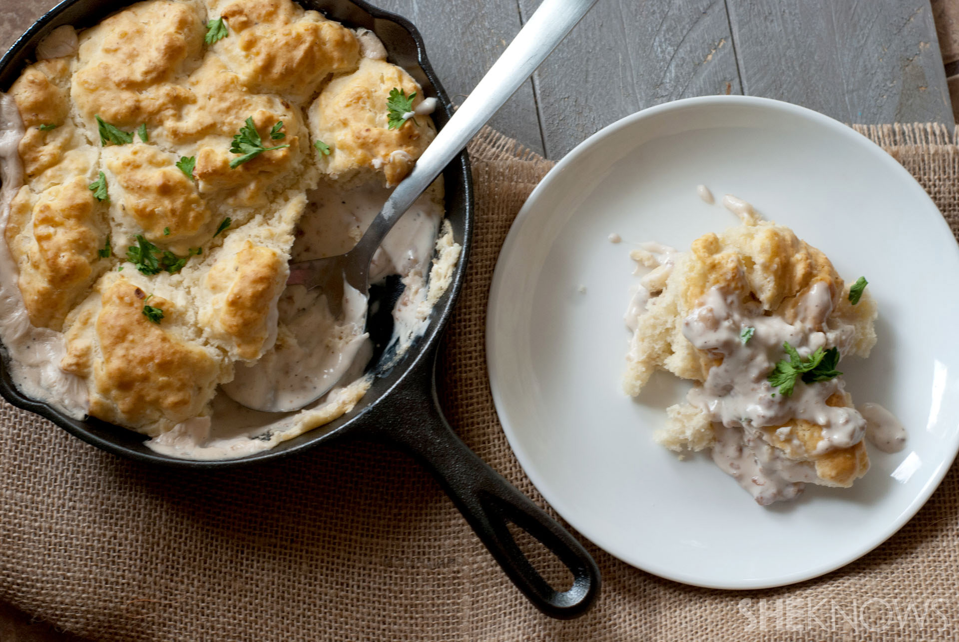 One skillet biscuits and gravy recipe