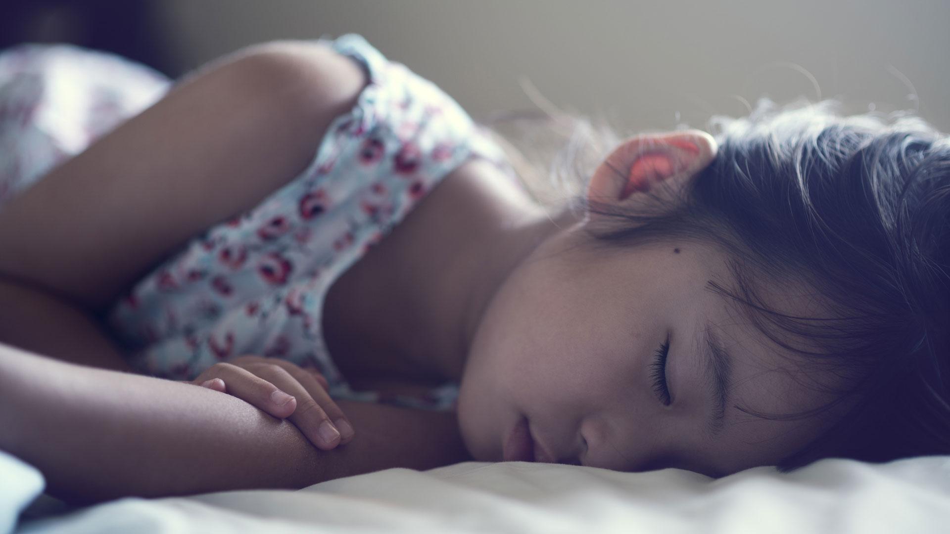 Sleeping daughters nude