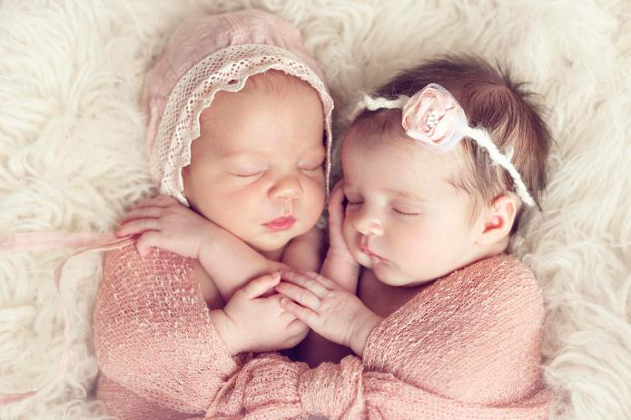 Twin Girl Names You'll Seriously Love