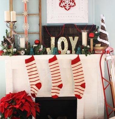 Stealing Christmas: Recreate holiday mantel displays