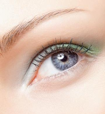 Green eyeshadows for every complexion