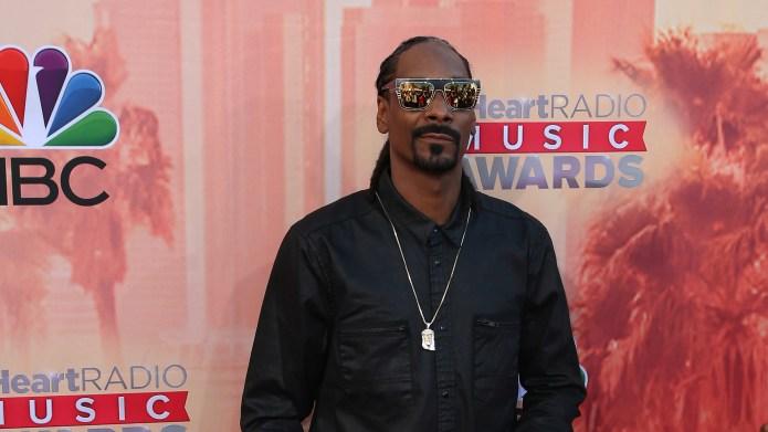 Snoop Dogg degrades Caitlyn Jenner's journey