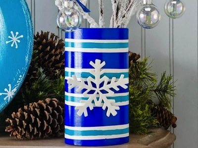 Blue and turquoise snowflake vase