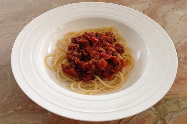 spaghetti with hidden veggies inside