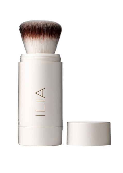 SPF-Infused Setting Sprays and Powder: Ilia Flow-Thru Radiant Translucent Powder SPF 20