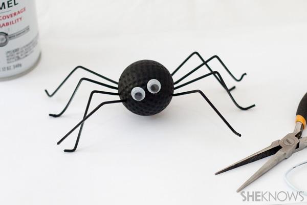 Spider golf ball craft - Father's Day crafts