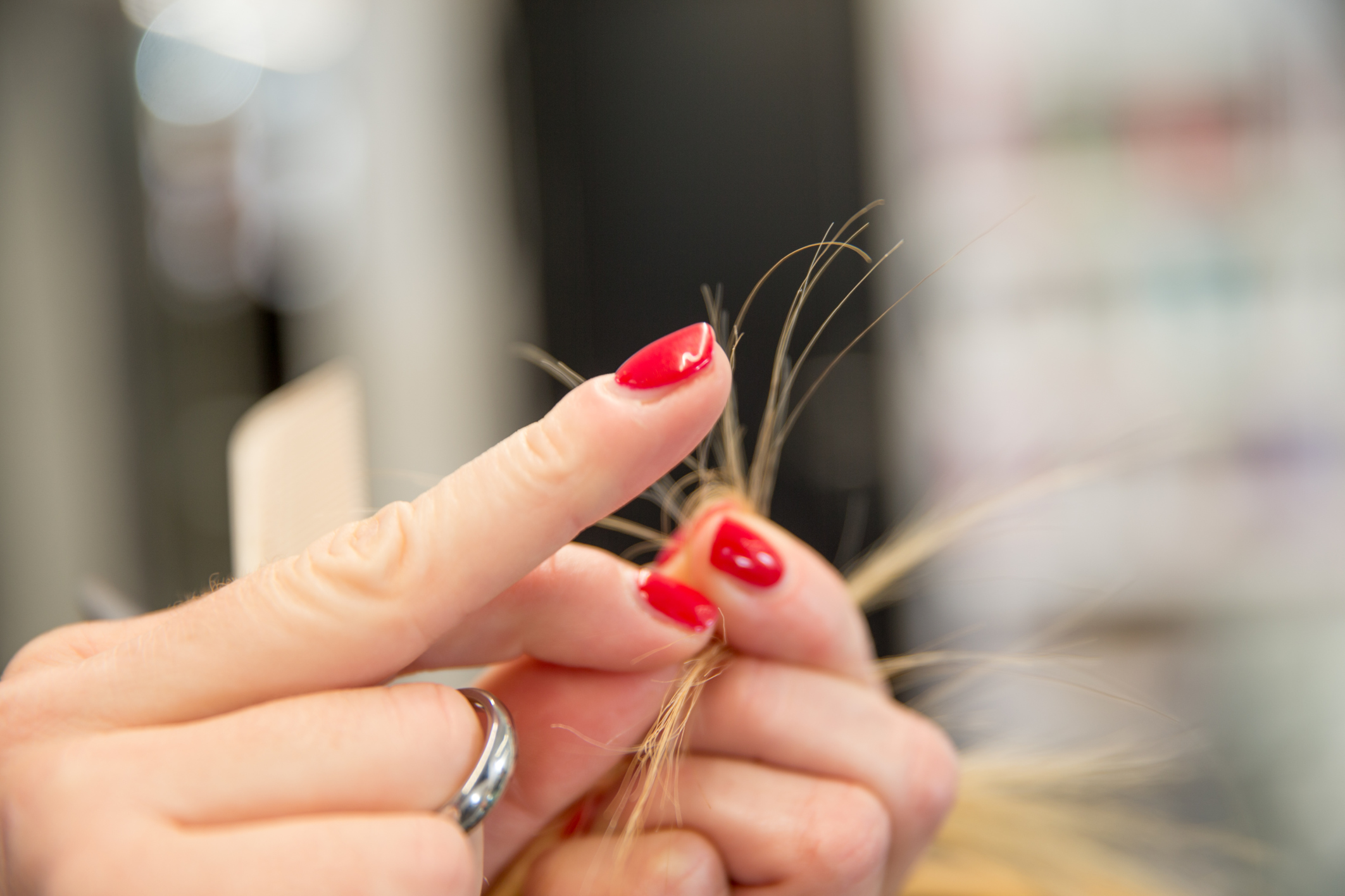 10 ways to avoid split ends like the plague – SheKnows
