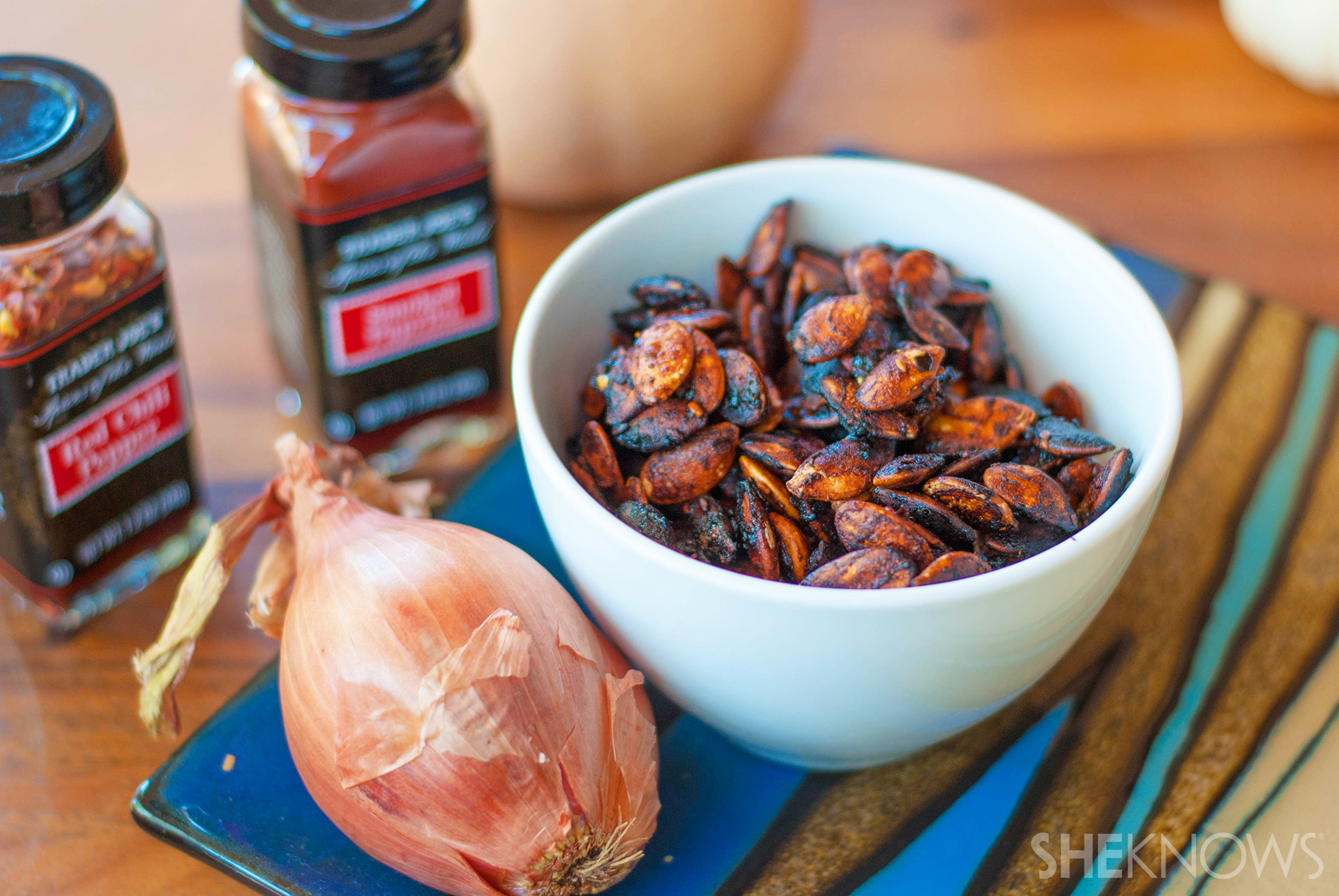 Spicy barbecue roasted squash seeds