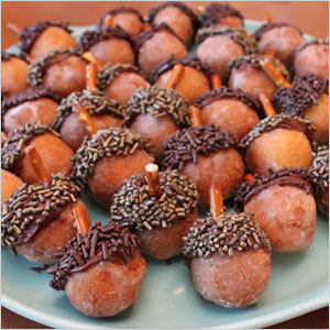Acorn donut hole snack | Sheknows.com