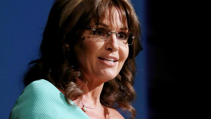 Sarah Palin defends daughter's behavior after