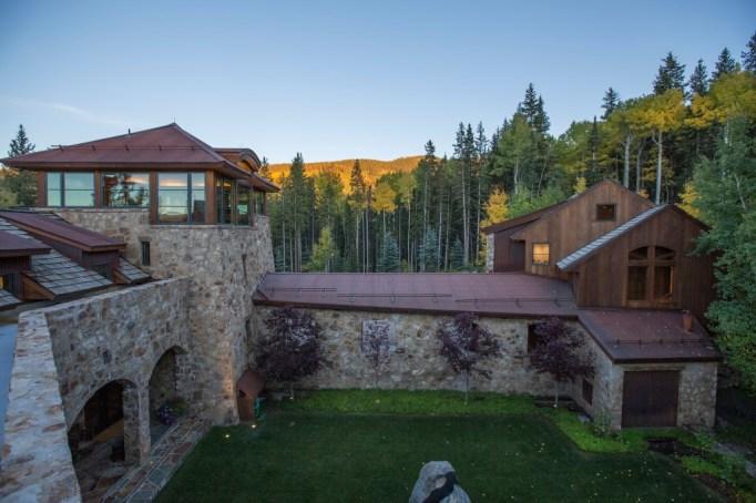 Oprah buys $14 million mansion in Telluride