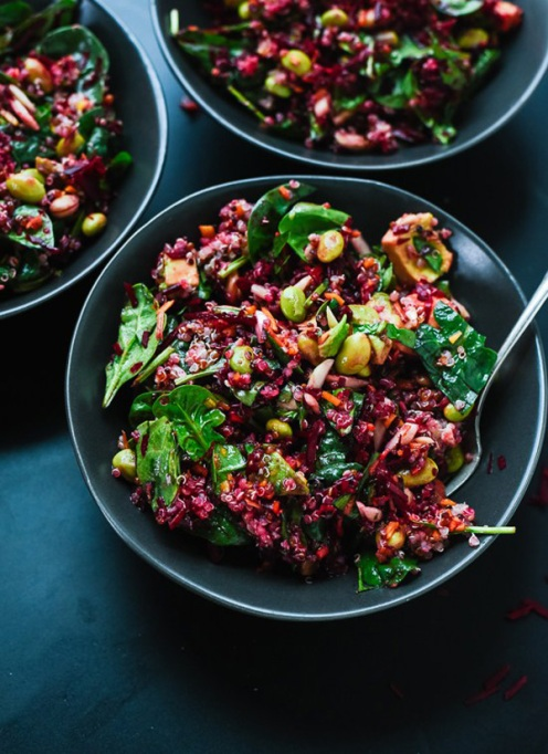 50 Easy Summer Salads: Colorful Beet Salad With Carrot, Quinoa & Spinach | Summer Eats