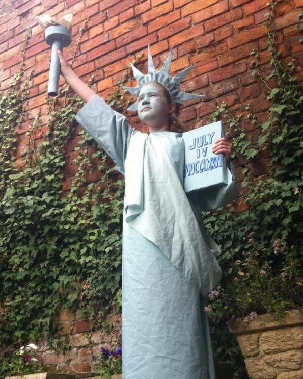 Statue of Liberty bedsheet costume