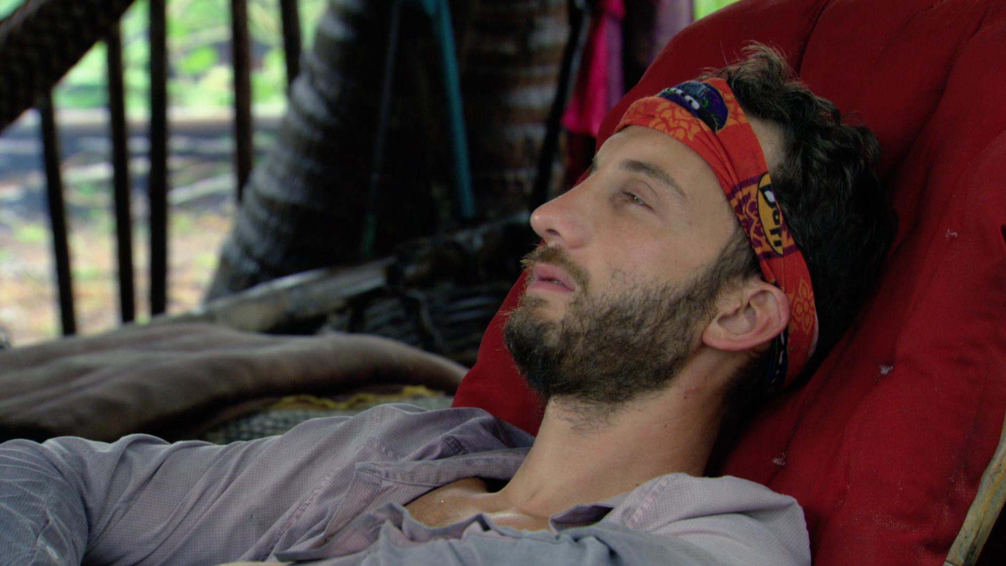Stephen Fishbach sick at camp on Survivor: Second Chance
