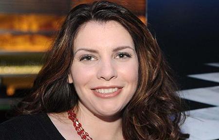 Twilight Saga author Stephenie Meyer appears on Oprah on Friday