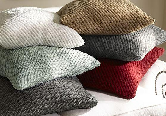 The best winter throw pillows for