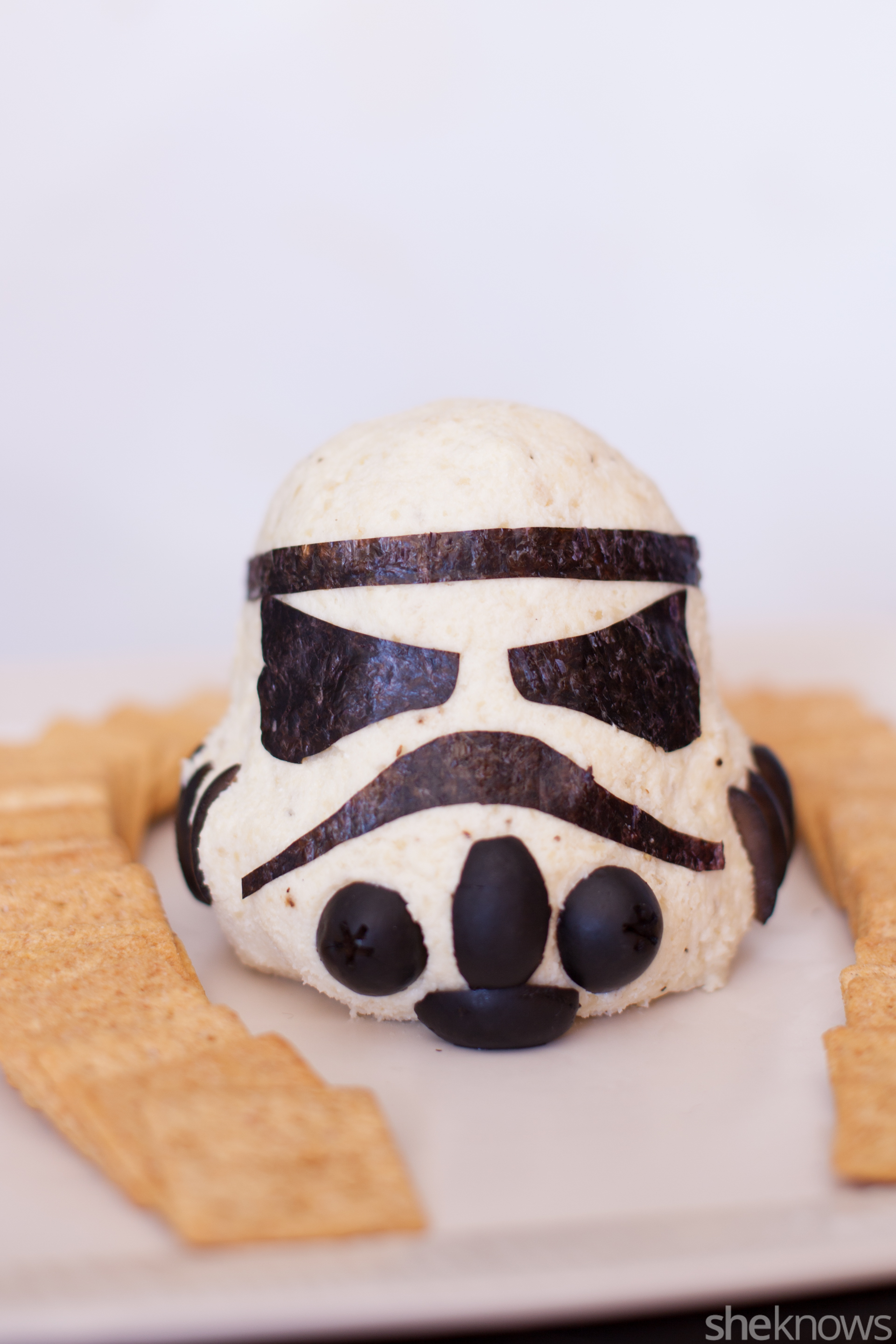 storm-trooper-cheese-ball