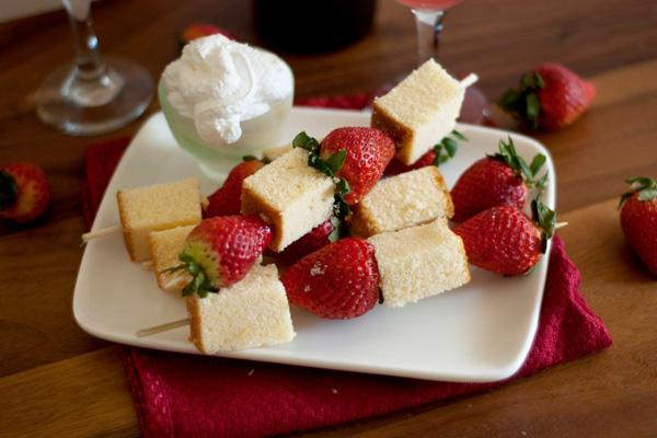 Strawberry pound cake skewers recipe