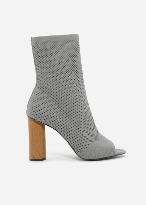 Fall Boots To Shop Before They Sell Out: Charles & Keith Peep-Toe Boots | Fall Fashion Trends 2017