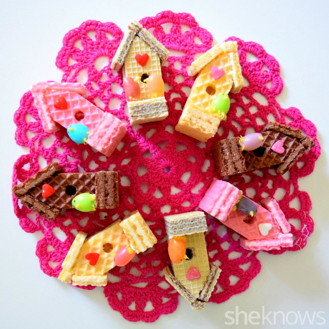 Cute mini bird houses made from sugar wafers