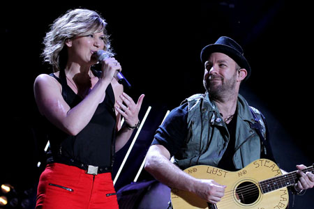 Sugarland stage collapsed at Indiana State Fair