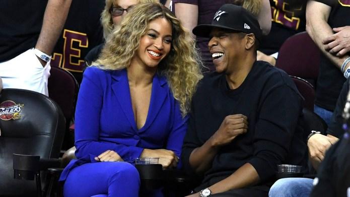 Beyoncé puts down her lemonade to