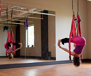 suspension yoga