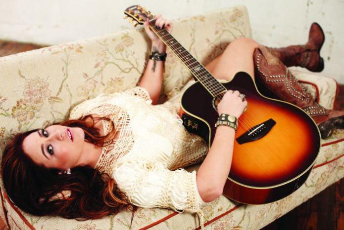 Chelsea Bain: This up-and-coming country girl