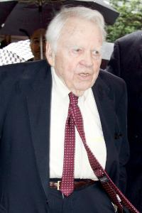 Andy Rooney to step down from