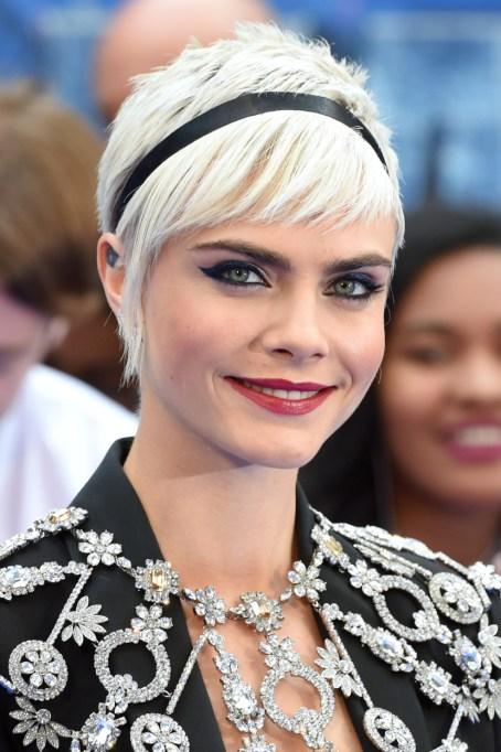Celebrity Inspired Ways To Wear A Headband | Cara Delevingne