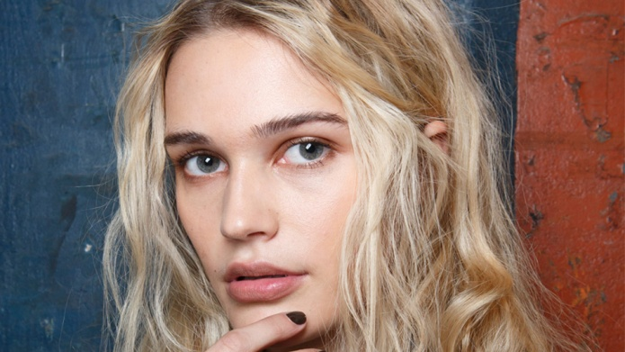 30 Pretty, Low-Maintenance Hairstyles To Copy